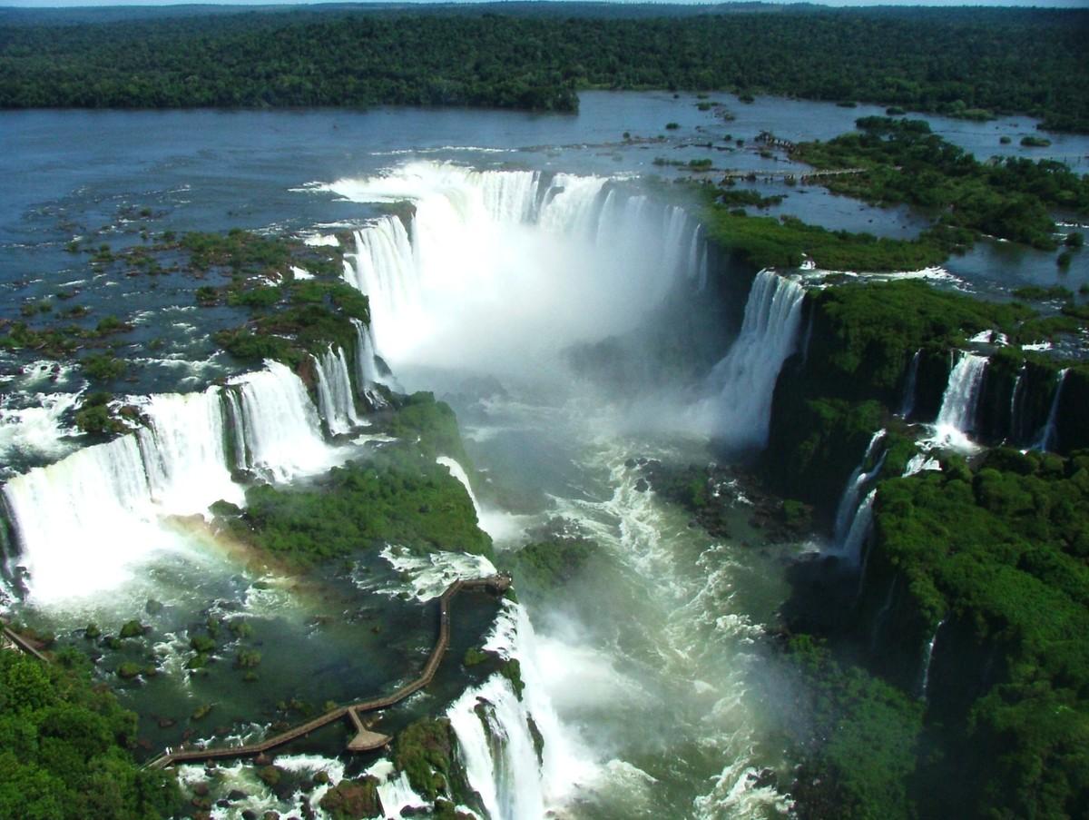 Двенадцать самых высоких водопадов, расположенных в Северной Америке